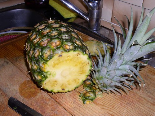 dole pineapple cutting instructions